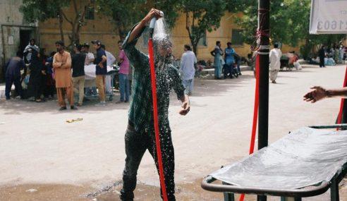 65 Maut Akibat Strok Haba Di Karachi, Pakistan