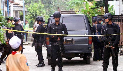 Serangan Bom: Budak Bergaul Dengan Militan