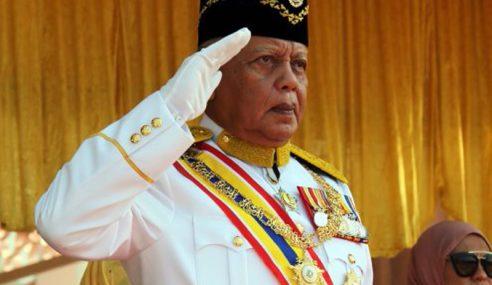 Yang Dipertua Negeri Melaka Mengundi Di Bukit Baru
