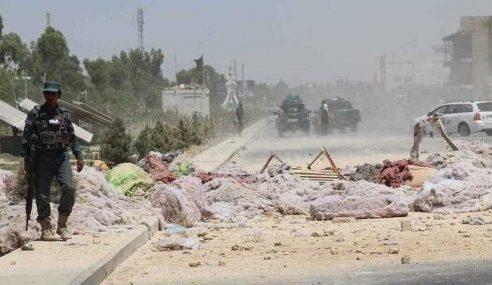 16 Maut, 38 Cedera Van Meletup Di Kandahar