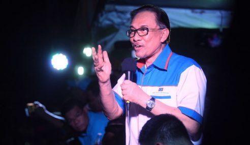 Drama Sepanjang Hari Pembebasan Anwar