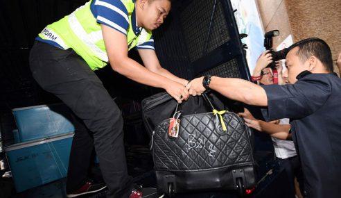 Polis Sah Ada RM114 Juta Dalam 35 Beg