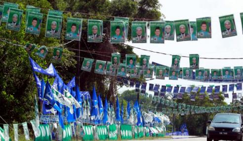 Turunkan Bendera Parti Sebelum 23 Mei Ini