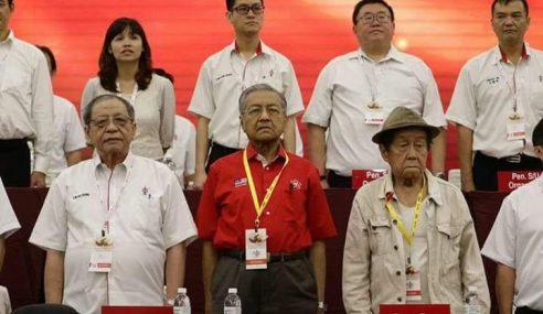 DAP Akui Terpaksa Peralat Mahathir Demi Undi Melayu