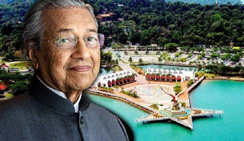 Siapa Kata Mahathir Tidak Ambil Kesempatan?