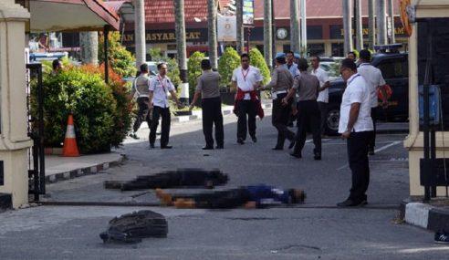 4 Samurai Mati Serang Ibu Pejabat Polis Riau
