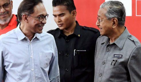 Anwar Dan Mahathir, Siapa Lebih Berpengaruh?