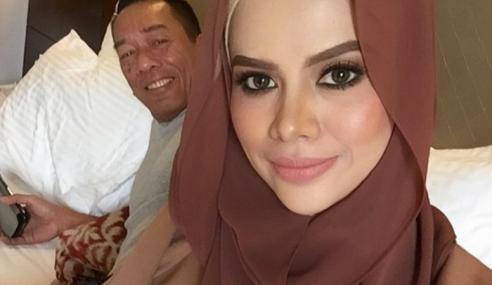 Tak Berani Kacau, Alyah Biar Ramli Masak Sendiri