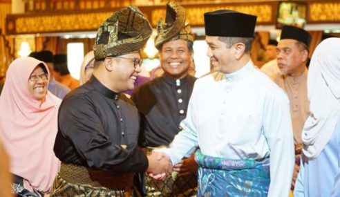 Pakatan Mahathir, Azmin Makin Luaskan Kuasa