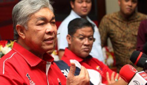 Zahid Nafi Minta Nasihat Mahathir Urus UMNO