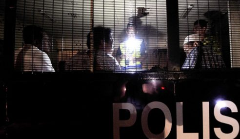 Polis Marin Tahan 18 Pati Indonesia Masuk Tawau