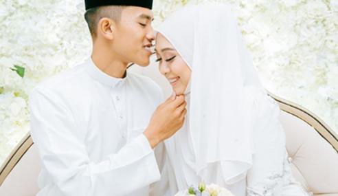 Tulis Lagu Buat Suami, Dayah Selamat Dinikahkan