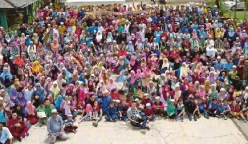 Enam Generasi Keluarga Rahmat Muin Rai Aidilfitri