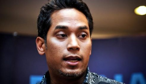 """Mungkin Tun Mahathir Perli Saya"" – Khairy"