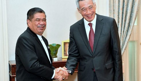 Mat Sabu Terima Sambutan 'Luar Jangka' Di Singapura