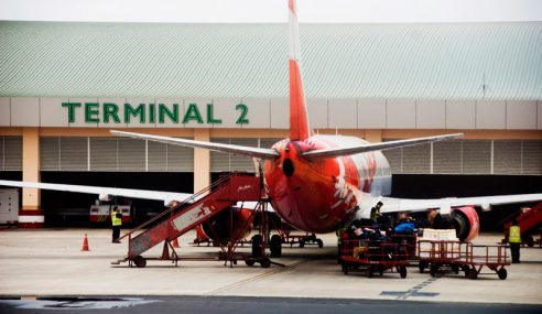 Teliti Hasrat AirAsia Pindah Operasi Ke Terminal 2 KKIA