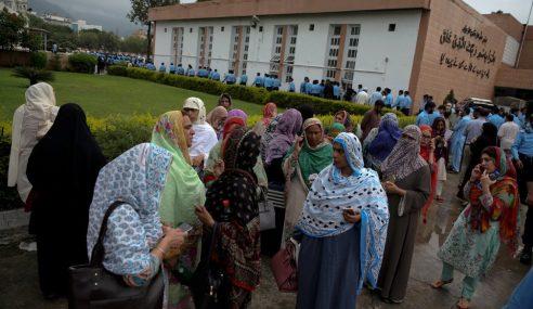 Rakyat Pakistan Mula Mengundi Hari Ini