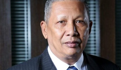 Ismail Omar Diterima Masuk Sebagai Peguam