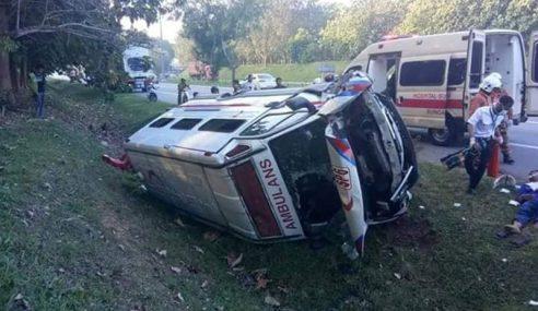 Ambulans Terlibat Kemalangan Ketika Bawa Pesakit Ke HSB