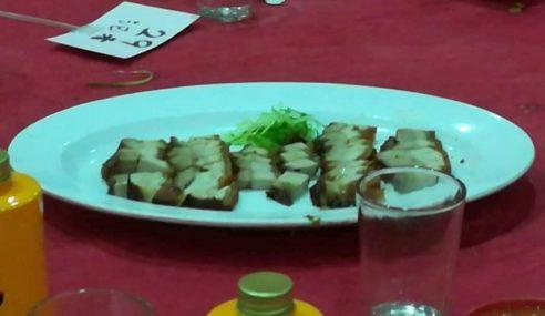 Melaka Jamu Wartawan Islam Makan Babi?
