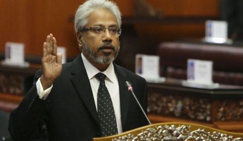 Pengerusi HINDRAF Angkat Sumpah Sebagai Menteri