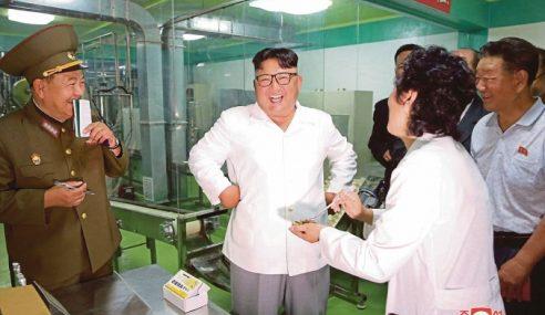 Jong-Un Arah Makanan Enak Untuk Tentera