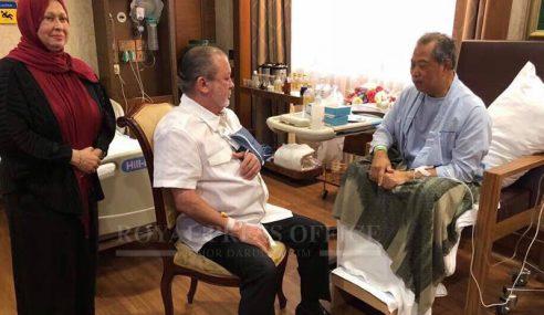 Sultan Johor Lawat Muhyiddin Di Singapura