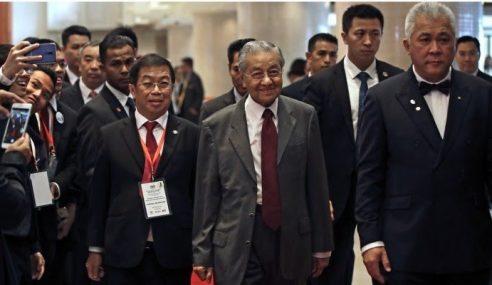 Projek ECRL, Saluran Gas Batal – Mahathir