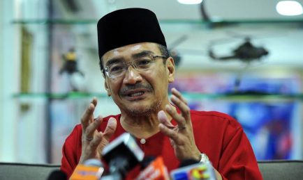 Hishammuddin Ingatkan Mat Sabu 100 Hari Sudah Tamat