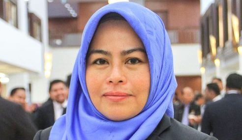 Wanita UMNO Minta Henti Kecam Dr. Nur Ilyani