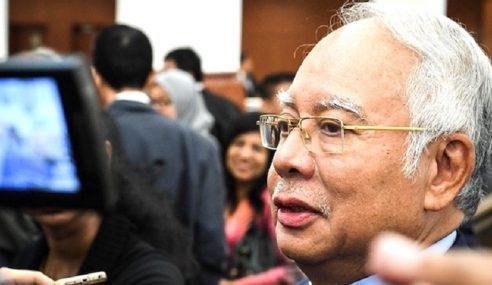 Najib Pertahan Pakej Gaji RM5 Juta Untuk Arul Kanda