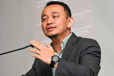 """Tolonglah Jangan Kaitkan PTPTN Dengan Manifesto PH"""