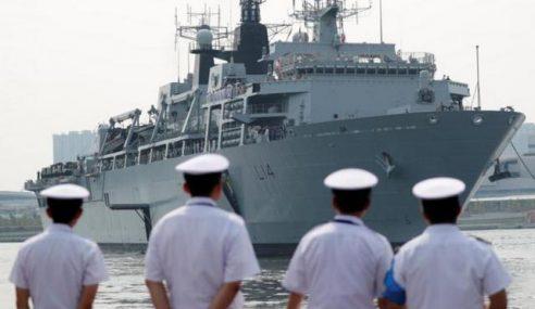 Kapal Perang Britain Dikesan Di Laut China Selatan