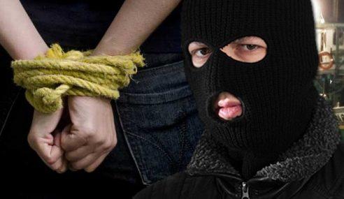 Culik Ahli Perniagaan, 3 Anggota Polis Dipenjara 7 Tahun