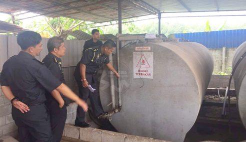 KPDNHEP Kubang Pasu Rampas 20,000 Liter Petrol Bernilai RM44K