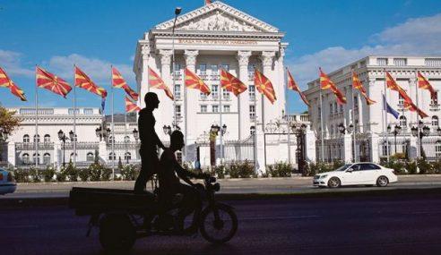 Rakyat Macedonia Keluar Mengundi Tukar Nama Negara