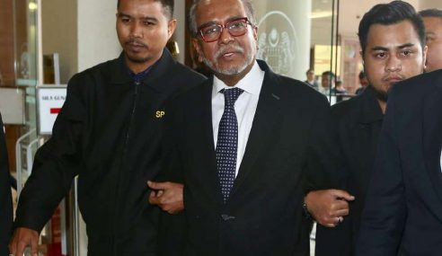 Tan Sri Shafee Mengaku Tidak Bersalah 4 Tuduhan