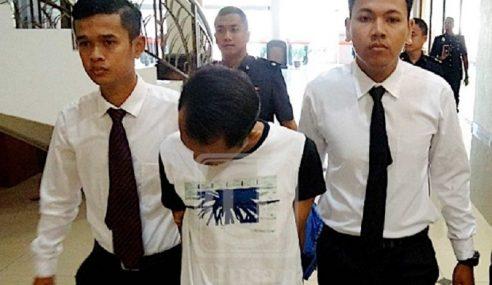 Anggota Tentera Didakwa Salah Guna Wang Milik Anggota Polis