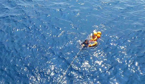2 Nelayan Vietnam Selamat Selepas Terapung 2 Hari Di Laut