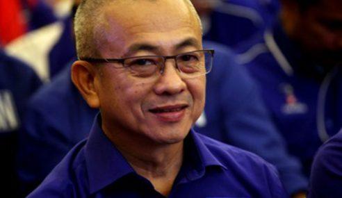 Anggota Parlimen Labuan Keluar UMNO