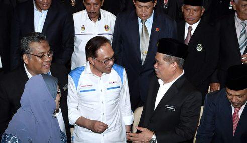 Mohamad Sabu Percaya Anwar Selesaikan Isu Veteran