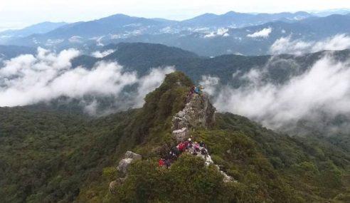 Tanah Runtuh: Gunung Kenderong Tak Selamat Didaki