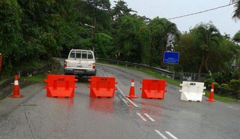 Jalan Tun Sardon Ke Balik Pulau Ditutup