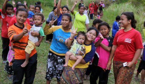 Lebih 200 Murid Orang Asli Pos Lebir Lambat Sekolah