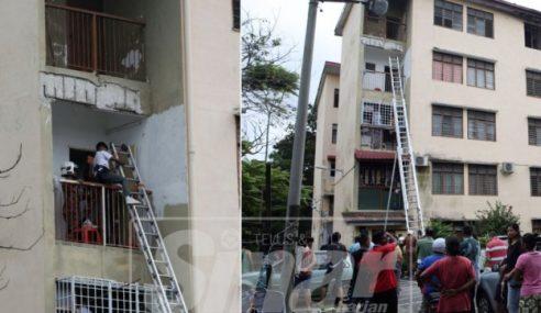 Pelajar Ponteng Terperangkap Dalam Rumah Berkunci