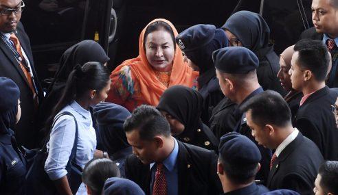 Dokumen Kes Rosmah Diserah Kepada Pembelaan