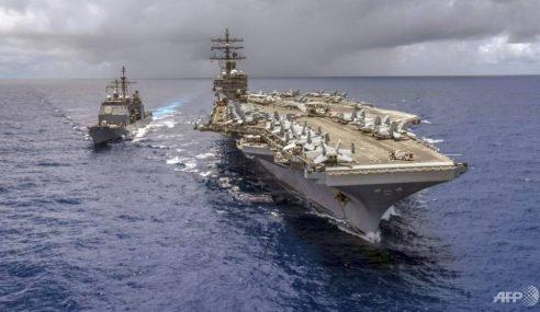 Kapal Perang AS Belayar Di Selat Taiwan