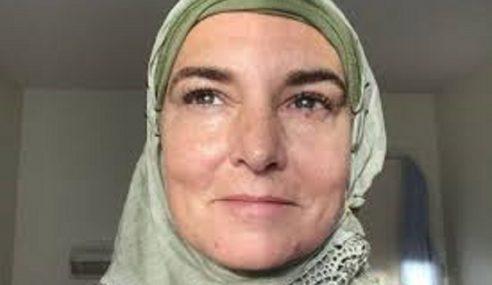 Sinead O'Connor Peluk Islam