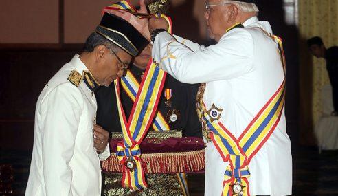 5 Menteri Antara 419 Penerima Darjah Kebesaran Melaka