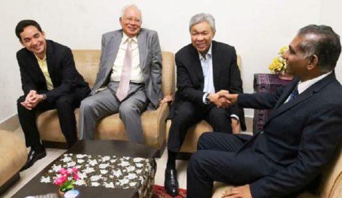 Zahid Hadir Beri Sokongan Moral Untuk Najib